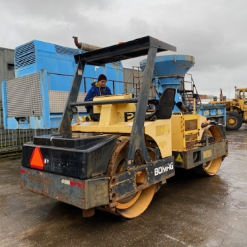 Bomag BW 266 double drum compactor